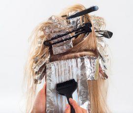 Dlaczego warto farbować włosy u fryzjera