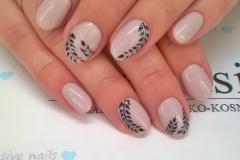 malowanie_paznokci_3-min